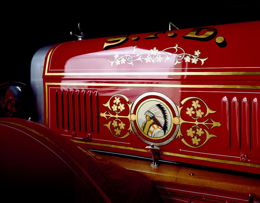 gold leaf fire truck.jpg