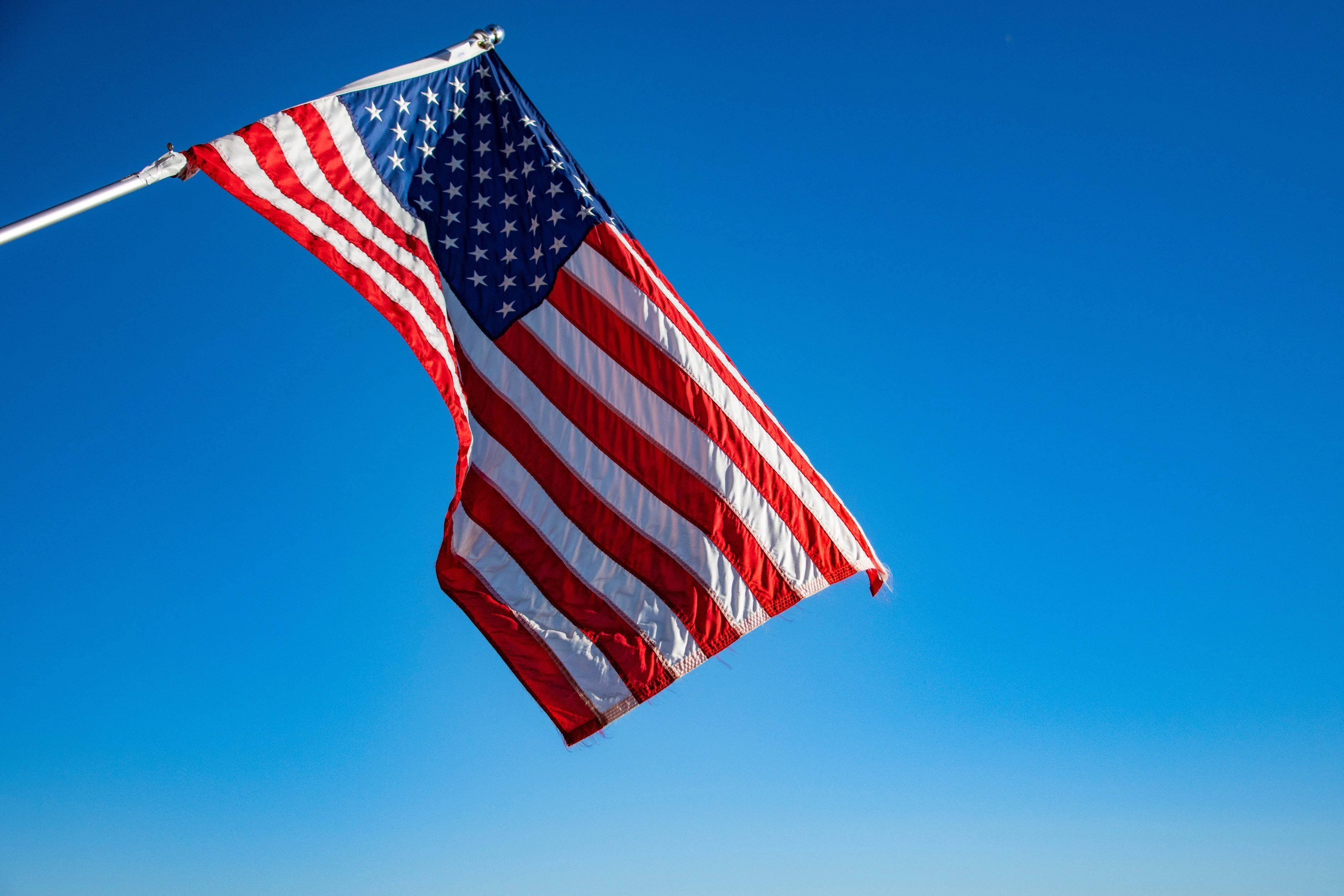 rsz_flag-of-usa-1222438.jpg